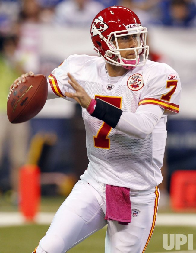 Chiefs Cassel Drops Back to Pass Against Colts