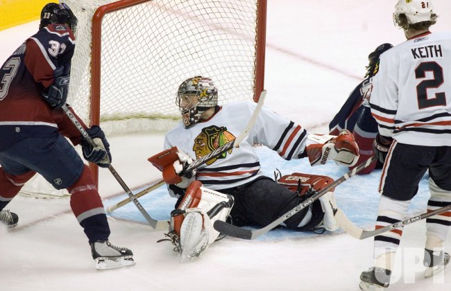 CHICAGO BLACKHAWKS VISIT VANCOUVER CANUCKS