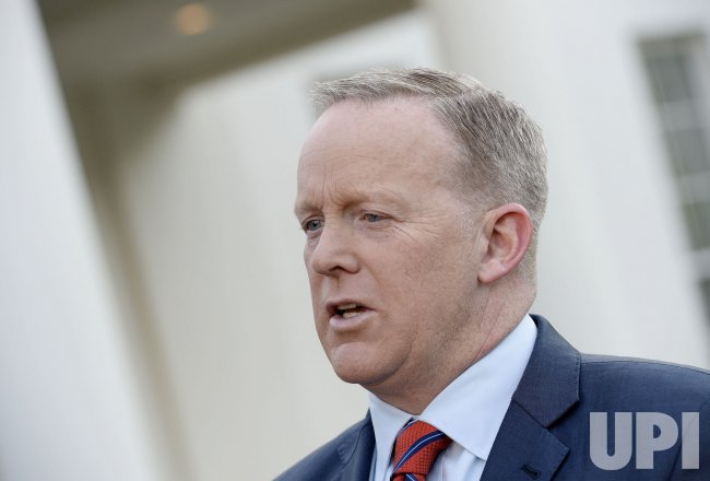 Press Secretary Sean Spicer apologizes for his comments related to Hitler