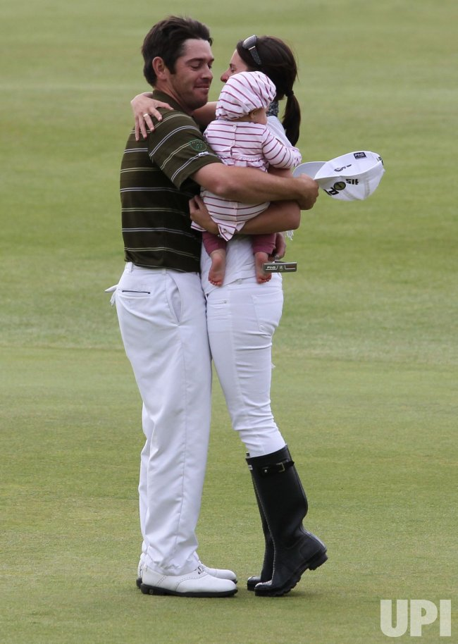 Oosthuizen celebrates winning the 139th Open Championship.