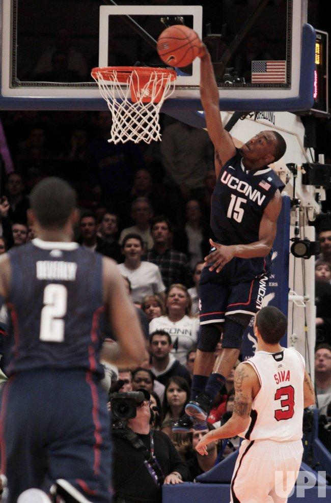 45eef986a69 Connecticut Huskies Kemba Walker at the NCAA Big East Men s Basketball  Championship Finals in New York