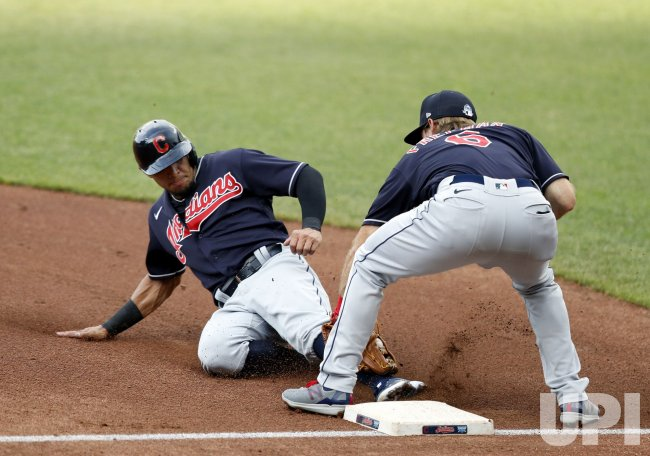 Cleveland Indians Hernández Tagged Out Stealing Third During Intrasquad Game