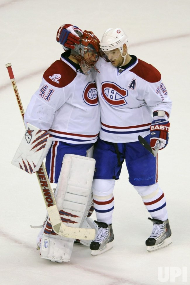 Halak Congratulated by Markov in Washington