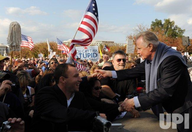 Protestors rally against Democrats' health care reform bill in Washington