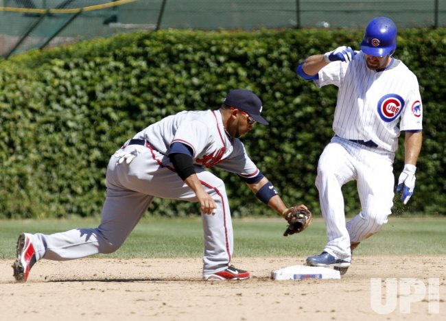 Cubs Nady doubles against Braves in Chicago