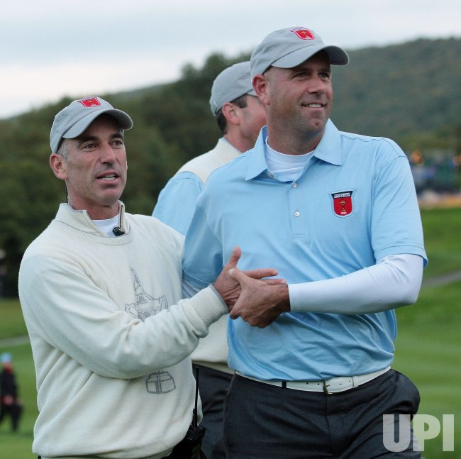Stewart Cink and Corey Pavin celebrates birdie on the first day of Ryder Cup.