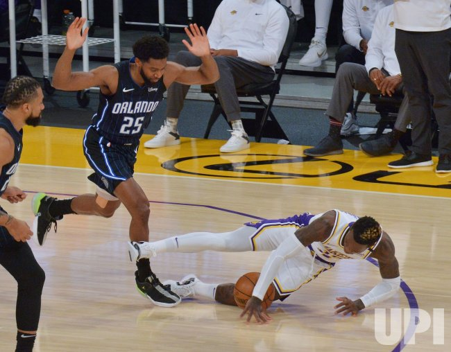 Lakers Beat Magic While Waiting for Andre Drummond to Arrive - UPI.com