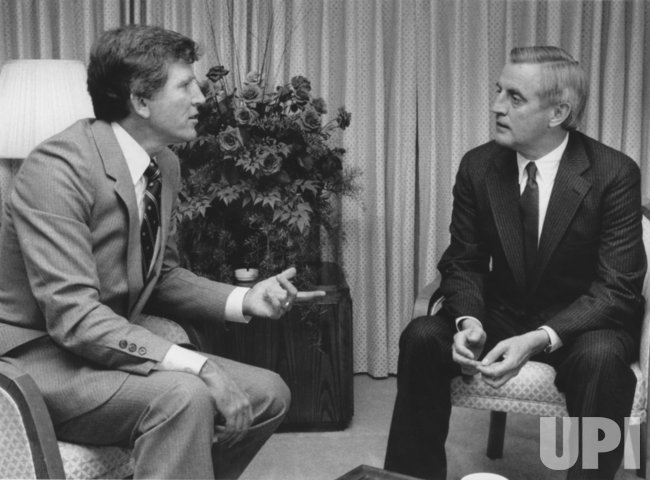 Presidential candidate Walter Mondale meets with Sen. Gary Hart during Democratic Convention