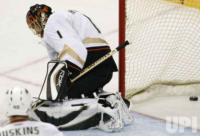 Anaheim Ducks vs Colorado Avalanche