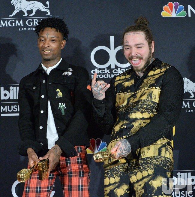 Post Malone 21 Savage: 21 Savage And Post Malone Win The Top Rap Song Award At