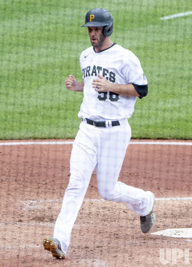 Pittsburgh Pirates Jacob Stallings Scores Against Giants