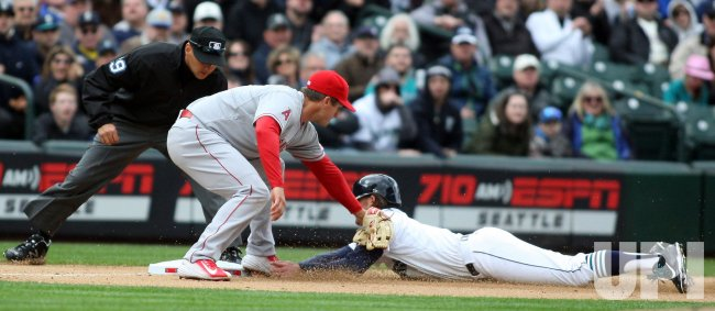 Seattle Mariners beat the Los Angeles Angels 4-1 in Seattle