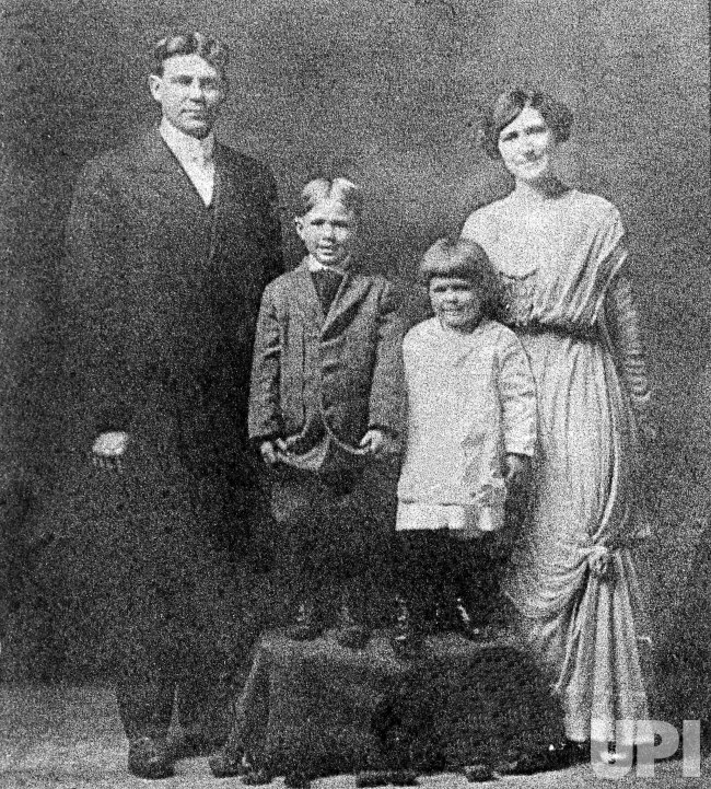 1913 Reagan Family Portrait