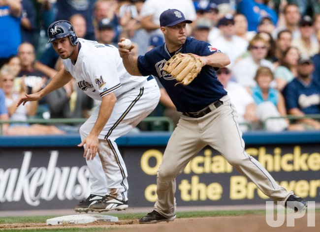 SAN DIEGO PADRES VS MILWAUKEE BREWERS