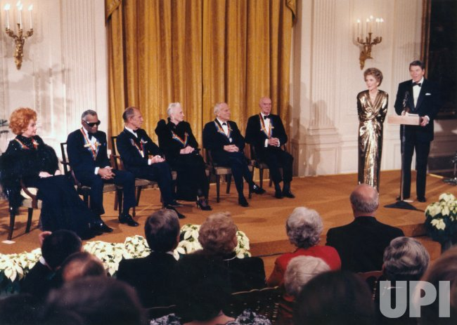 President and Nancy Reagan Salute Kennedy Center Honors Recipients