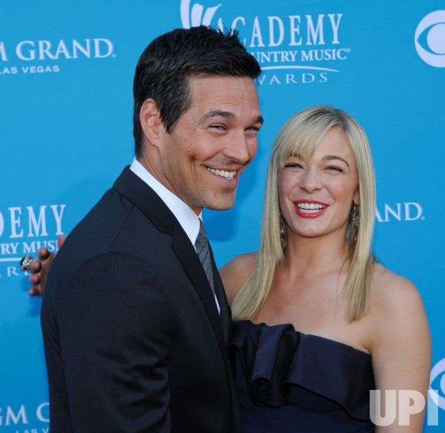 Eddie Cibrian and LeAnn Rimes arrive at the ACM Awards in Las Vegas