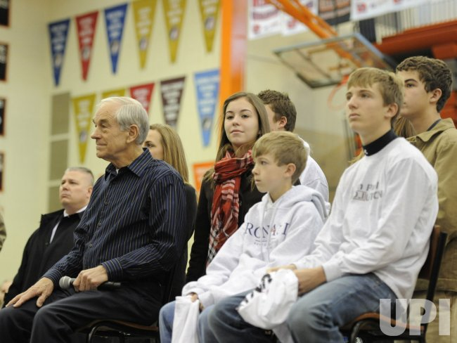 "GOP presidential candidate Ron Paul holds ""Rock the Caucus"" campaign event with high school students in Des Moines,Iowa"