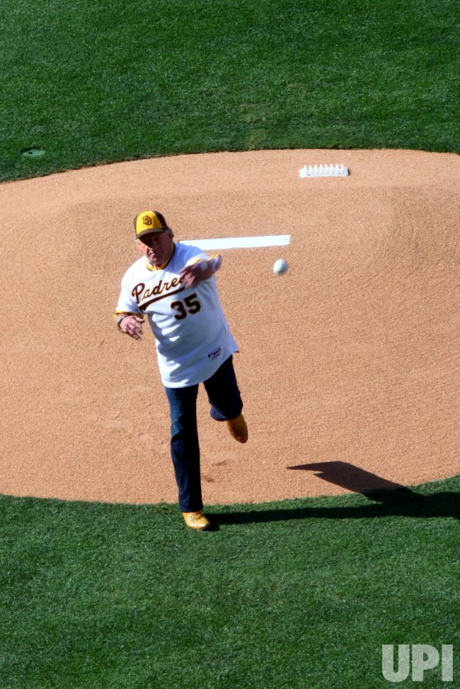 Randy Jones throws the ceremonial first pitch at All-Star game in San Diego