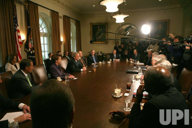 U.S. PRESIDENT BUSH MEETS WITH CONGRESSIONAL LEADERS IN WASHINGTON