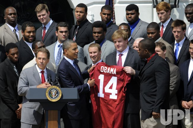 Pres. Obama welcomes BSC football champions Alabama Crimson Tide to White House in Washington
