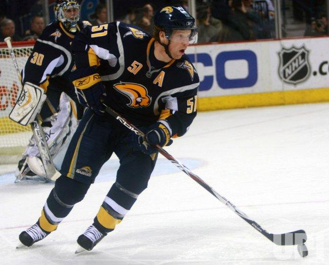Boston Bruins vs Buffalo Sabres
