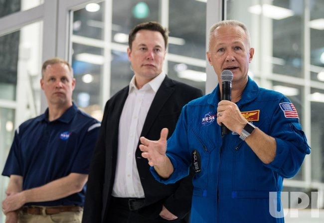 NASA NASA Administrator Jim Bridenstine Visits Elon Musk at SpaceX ...