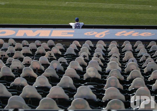 New York Mets vs Atlanta Braves at Citi Field