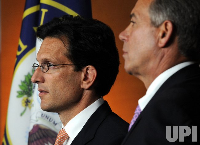 House Speaker Boehner, Leader Cantor call for balanced budget amendment in Washington
