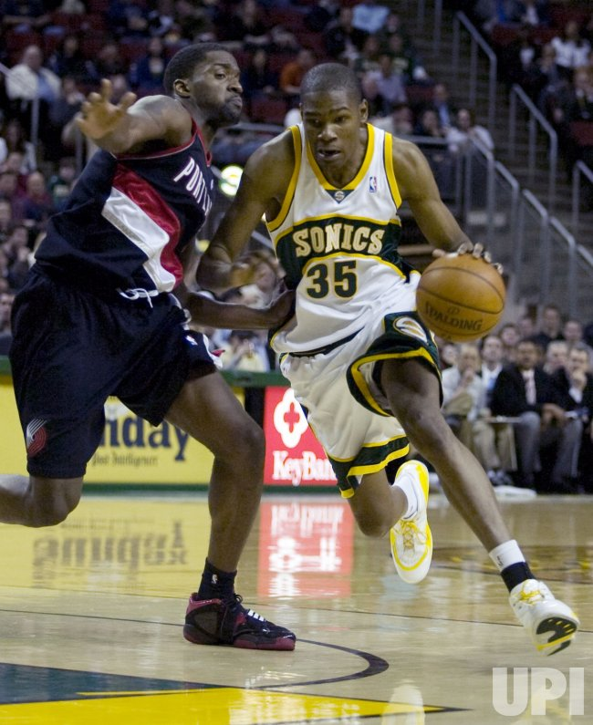 Portland Trail Blazers vs Seattle SuperSonics