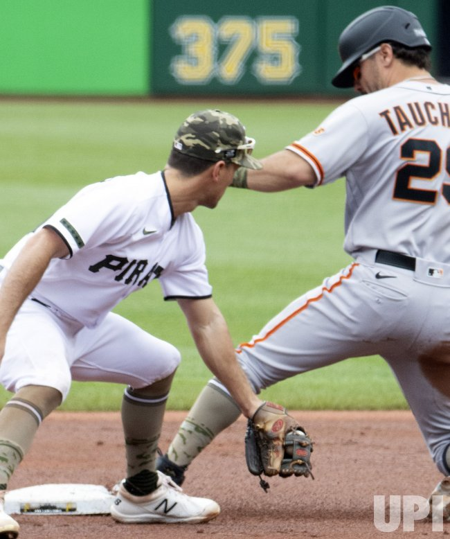 San Francisco Giants Mike Tauchman Steals Second