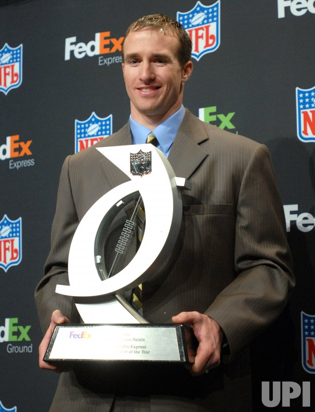 DREW BREES NAMED FEDEX EXPRESS NFL PLAYER OF THE YEAR