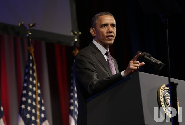 Obama speaks at Planned Parenthood gala in Washington DC