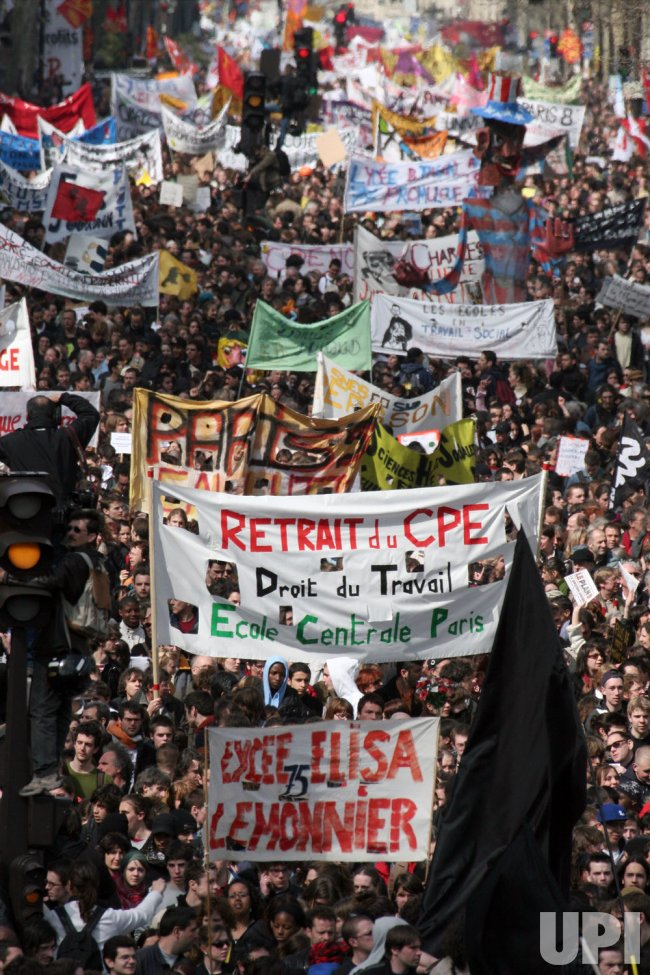 PARIS: JOB CONTRACT PROTEST