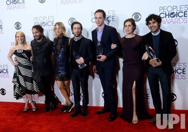 Melissa Rauch, Johnny Galecki, Kaley Cuoco, Simon Helberg, Jim Parsons, Mayim Bialik and Kunal Nayyar garners award at the 42nd annual People's Choice Awards in Los Angeles