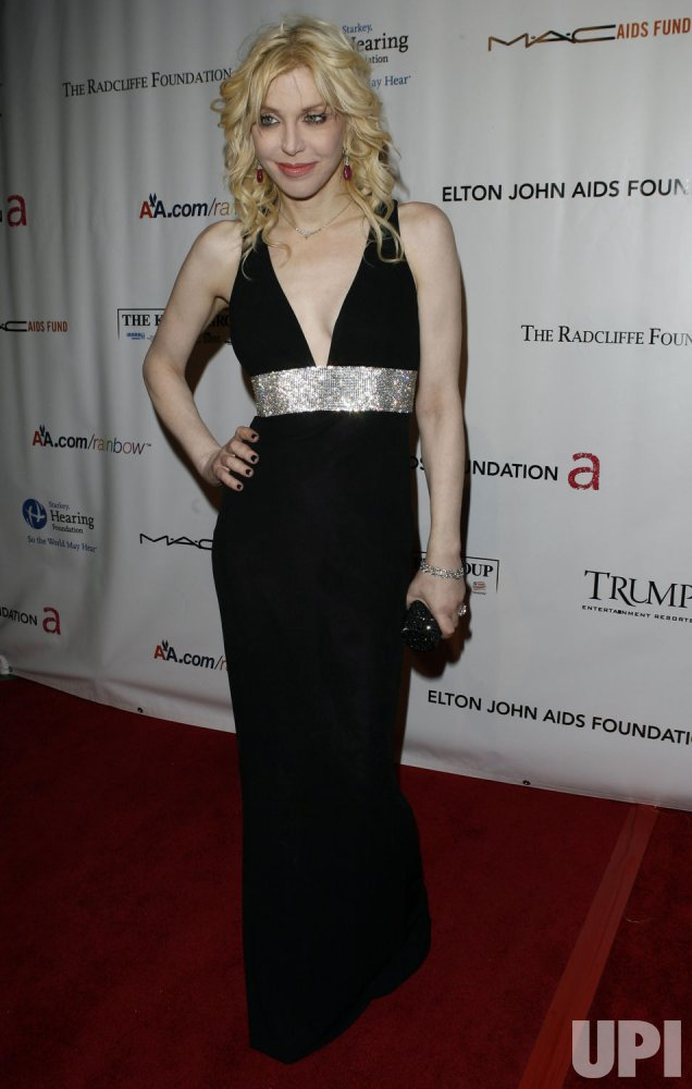 "Courtney Love arrives at "" An Enduring Vision"" Elton John Aids Foundation Benefit at Cipriani in New York"