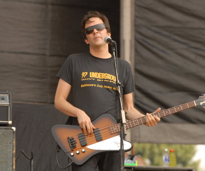 Fountains of Wayne member Adam Schlesinger dies of coronavirus