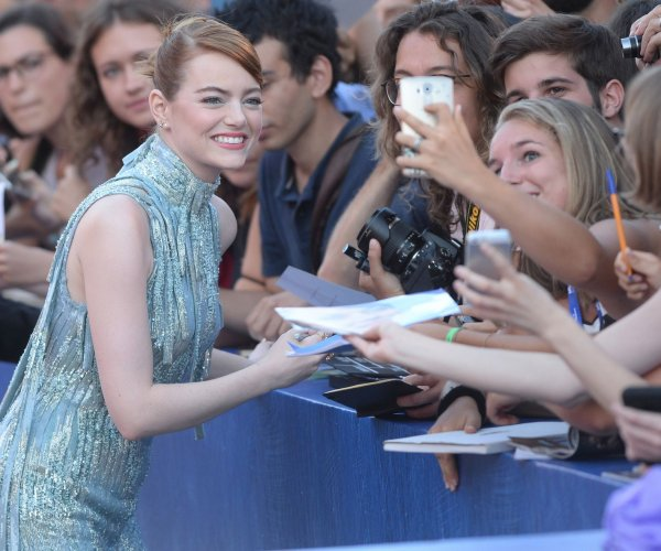 Emma Stone wows at premiere of 'La La Land' during 73rd Venice Film Festival