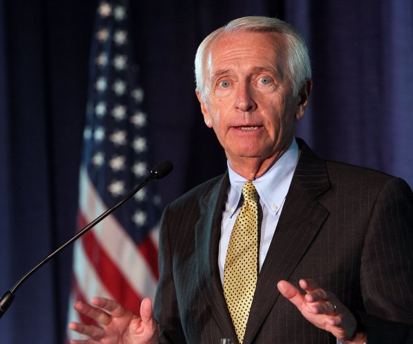 Beshear highlights Obamacare in Democrats' response to Trump speech