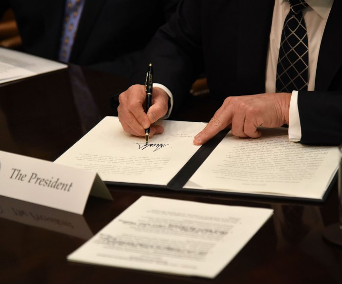 Trump signs order aimed at growing U.S. agriculture industry