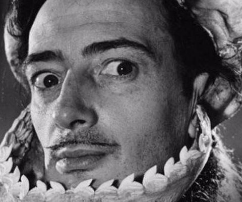 Artist Dali exhumed today to resolve paternity dispute