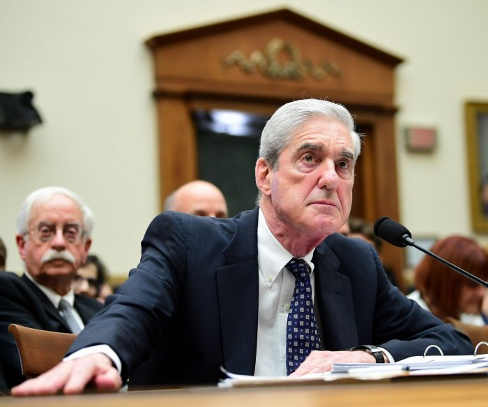 Mueller: Roger Stone still 'a convicted felon' after Trump commutation
