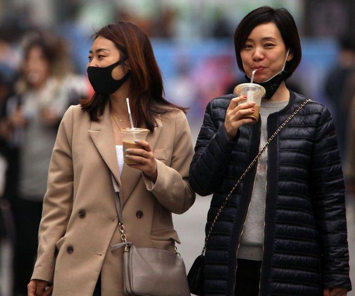 Australia, South Korea unveil measures to resist economic hit
