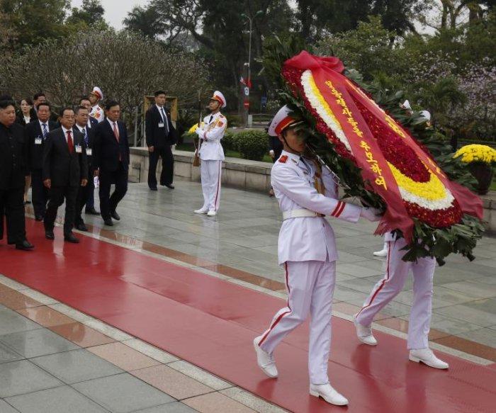 Fallen North Korea soldiers of Vietnam 'enshrined' in Pyongyang