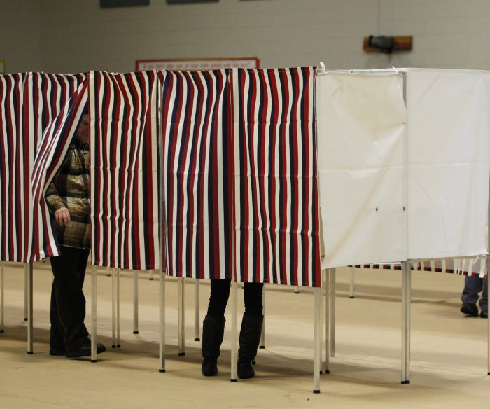 Homeland Security notifies 21 states of Russian election hacking