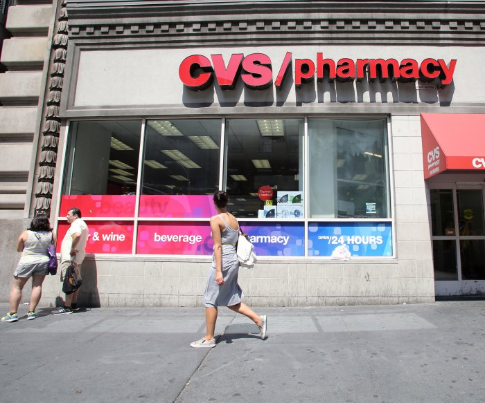 CVS becomes first retailer to limit opioid prescriptions to 7 days