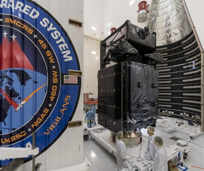 Air Force, ULA prepare to launch missile defense satellite