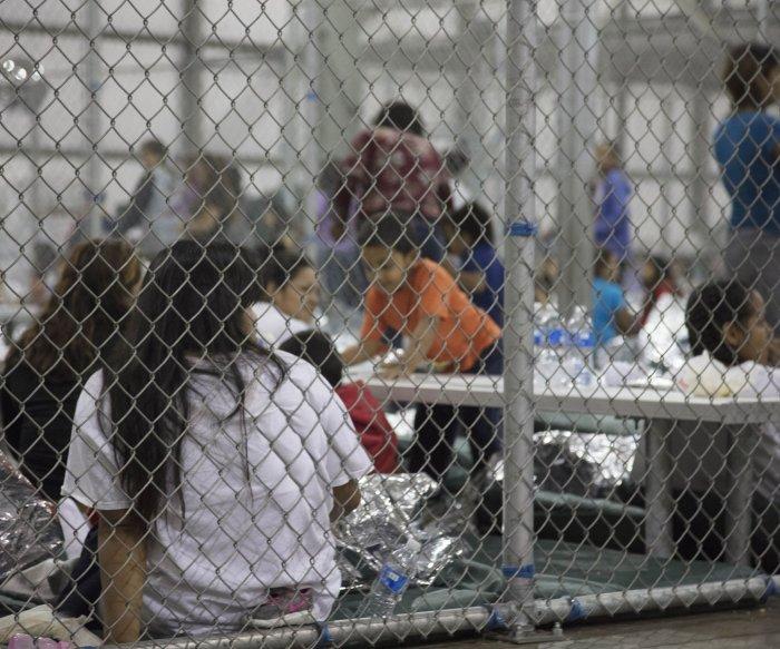 U.N., Amnesty Int'l condemn U.S. splitting up migrant families