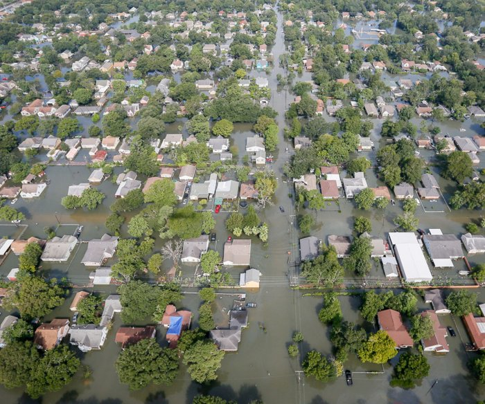 Experts: 300,000 U.S. coastal homes at risk of flooding by 2045