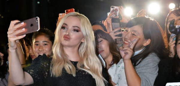 Dove Cameron, Sofia Carson meet fans at 'Descendants 2' event in Japan