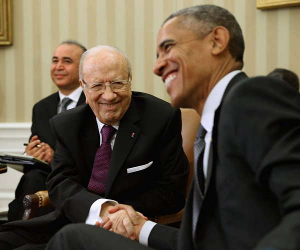 Tunisian President Beji Caid Essebsi meets Obama at the White House